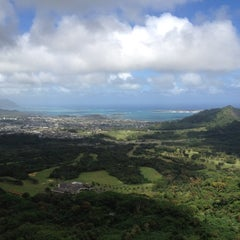 Photo taken at Nuʻuanu Pali Lookout by Steve G. on 2/20/2012