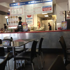 Photo taken at Burger Zone by Will954 on 6/16/2012