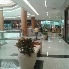 Photo taken at Natal Shopping by Elenildo M. on 7/30/2012