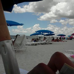 Photo taken at The Ritz-Carlton Resorts of Naples by Roger D. on 8/4/2012