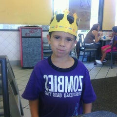 Photo taken at Burger King® by Norman F. on 8/21/2012