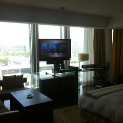 Photo taken at Jumeirah Frankfurt by Yousef E. on 7/3/2012