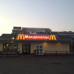 Photo taken at McDonald's by Lexa F. on 7/29/2012