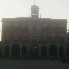 Photo taken at Ayuntamiento de Zamora by Bernabe R. on 8/22/2012