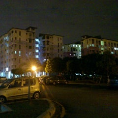 Photo taken at Tainia Apartment Kota Damansara by satrio banyubiru m. on 8/22/2012