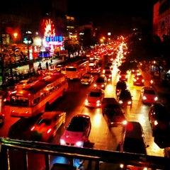 Photo taken at แยกรัชโยธิน (Ratchayothin Intersection) by ColorSplash N. on 5/3/2012