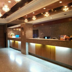 Photo taken at HatYai Central Hotel by Buloh L. on 5/12/2012