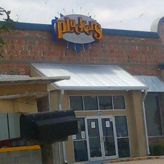 Photo taken at Pluckers by Aaron S. on 5/26/2012