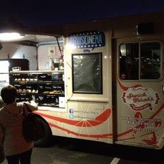 Photo taken at Sweet Treats Truck by Al A. on 4/3/2012