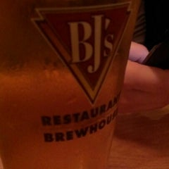Photo taken at BJ's Restaurant and Brewhouse by L. B. on 9/13/2012