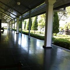 Photo taken at Museum Benteng Vredeburg by othrie b. on 5/20/2012