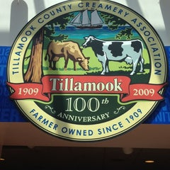 Photo taken at Tillamook Cheese Factory by Eric S. on 5/29/2012