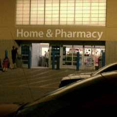 Photo taken at Walmart Supercenter by joi P. on 5/9/2012