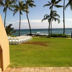 Photo taken at Sheraton Kauai Resort by 🅱 on 7/15/2012