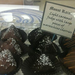 Photo taken at Boehm's Candies by Howie C. on 7/26/2012