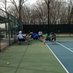 Photo taken at 41st Street Tennis Courts by Gunther P. on 3/23/2012