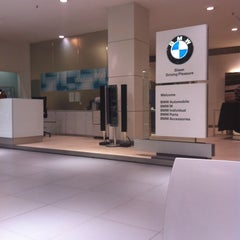Photo taken at BMW 코오롱모터스 삼성전시장 by Lee Myung-ji on 9/4/2012