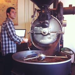 Photo taken at Heart Coffee Roasters by Andy H. on 9/11/2012