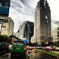Photo taken at แยกอโศก (Asok Intersection) by Jirawan T. on 6/26/2012