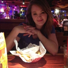 Photo taken at Red Robin Gourmet Burgers by Joshua D. on 5/7/2012