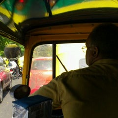 Photo taken at Mahatma Gandhi Circle (ಮಹಾತ್ಮಾ ಗಾಂಧಿ ವೃತ್) by Takashi F. on 4/17/2012