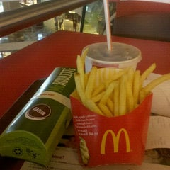 Photo taken at McDonald's by Bruno M. on 3/21/2012
