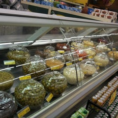 Photo taken at D'Ville Supermercados by Luis Machado R. on 6/14/2012