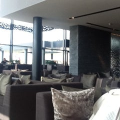 Photo taken at Van der Valk Hotel Middelburg by Maxi Recrea on 4/24/2012