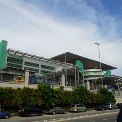 Photo taken at Sultan Iskandar CIQ Complex (Johor Bahru Checkpoint) by Sharil A. on 4/26/2012
