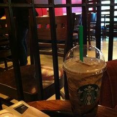 Photo taken at Starbucks (สตาร์บัคส์) by Varasan S. on 6/17/2012