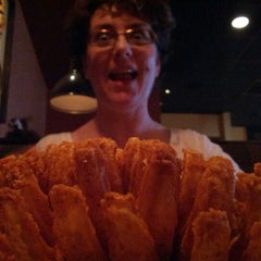 Photo taken at Outback Steakhouse by Keith R. on 7/11/2012