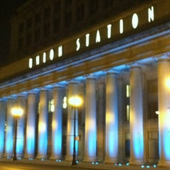 Photo taken at Chicago Union Station by Melissa C. on 9/13/2012