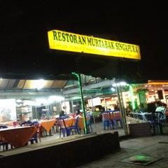 Photo taken at Murtabak Singapura by Didi M. on 7/22/2012