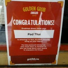 Photo taken at 35 Thai Restaurant by meng J. on 6/6/2012