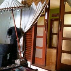Photo taken at Aluna Home Spa (ex. Bala Bale Spa) by Nindiraswary on 4/8/2012