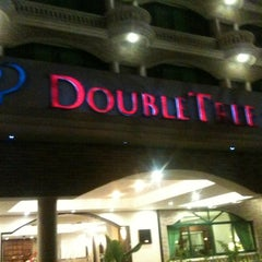 Photo taken at Doubletree by Hilton Dar es Salaam - Oysterbay by Ozan Ö. on 7/21/2012