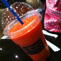 Photo taken at McDonald's & McCafé (แมคโดนัลด์ & แมคคาเฟ่) by Thanaporn S. on 3/9/2012