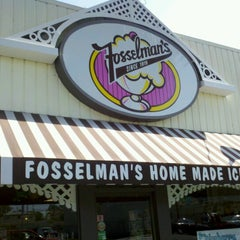 Photo taken at Fosselman's Ice Cream Co. by James J. on 6/16/2012
