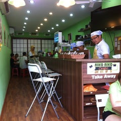 Photo taken at Niko Niko Onigiri by Lyana H. O. on 5/5/2012