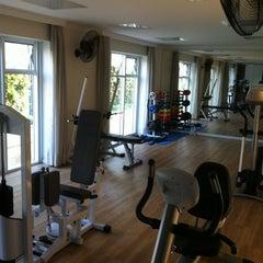 Photo taken at Toca do Urso - FitnessGymnasium by Alvaro R. on 6/12/2012