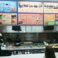 Photo taken at Pollo Tropical by Terrell B. on 7/23/2012
