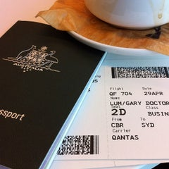 Photo taken at Qantas Business Lounge by Gary L. on 4/28/2012