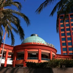 Photo taken at Centro Comercial Colombo by Meem A. on 2/29/2012