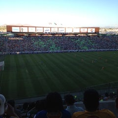 Photo taken at Territorio Santos Modelo Estadio by Juan A. on 4/22/2012