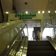 Photo taken at Starbucks Coffee JR東京駅日本橋口店 by Masashi S. on 6/19/2012