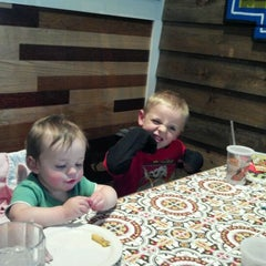 Photo taken at Chili's Grill & Bar by Stanley S. on 5/27/2012