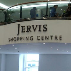 Photo taken at Jervis Shopping Centre by Jadhiel S. on 8/6/2012