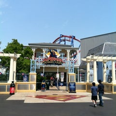 Photo taken at Superman: Ultimate Flight by Patrick C. on 7/4/2012