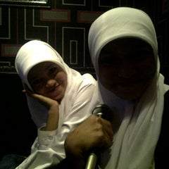 Photo taken at Music World Karaoke by Mariana S. on 9/4/2012