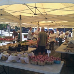 Photo taken at Fort Lee Farmer's Market by Carlos A. on 7/22/2012